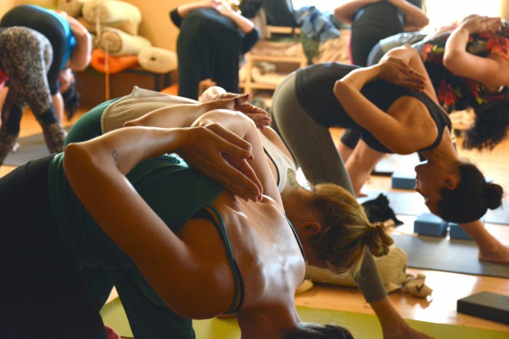 yoga-1994667_1920